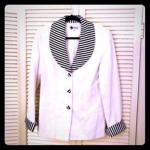 👒NEW👒VTG unique white blazer w/striped details